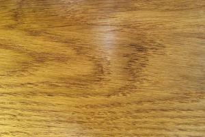 Покрытие дерева воском