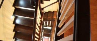 Комбинированная (лиственница/сосна) облицовка П-образного металлического каркаса